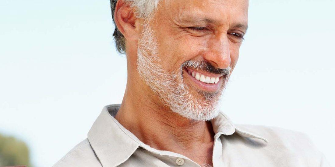 Coronas Dentales - Qué son, tipos y cuándo se emplean - Clínica Acacias